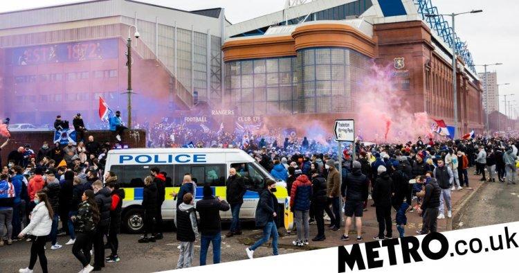 Thousands of Rangers fans break lockdown to celebrate outside Ibrox
