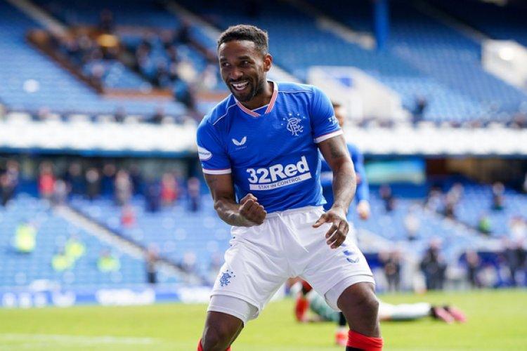 Rangers news: McManus blown away by Defoe v Celtic