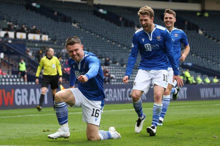 St Johnstone 2-1 St Mirren: Middleton magic seals Saints' place in Scottish Cup final