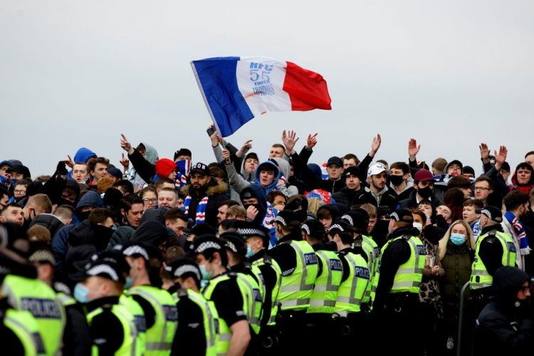 Rangers fans fear an agenda on the Hotline over title party warnings